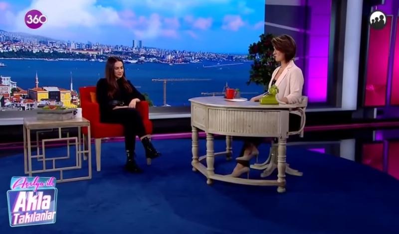 Açelya Akkoyun ile Akla Takılanlar TV360